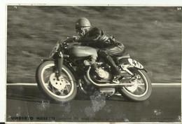 Photo Moto Umberto Masetti Champion Du Monde 1950  Archive Narbonne Moto Club 1946  1950 11. X 17 Cm - Motorfietsen