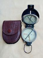Compass M49 - Ausrüstung