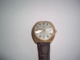 Montre LIP - Vintage Montre  Plaquée Or Poinçon - N° 980603 - Ne Fonctionne Pas à Réviser - Antike Uhren