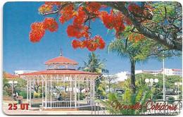 New Caledonia - OPT - Kiosque à Musique, Gem1A Symmetr. Red, 10.2002, 25Units, 40.000ex, Used - New Caledonia