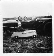 Photo Automobile Ancienne Voiture +voiture à Pedales - Cars