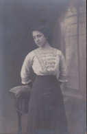 Cartolina - Immagine Fotografica In Bianco E Nero Di Una Donna .g - Fotografía