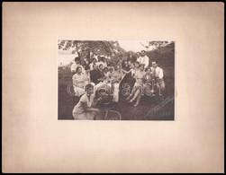 1930 Borozók Társasága, Fotó Kartonra Ragasztva, 11,5x16,5 Cm - Autres Collections