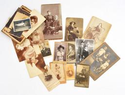 Cca 1890-1920 29 Db Vegyes Keményhátú Portréfotó és Fotólap, Vegyes Méretben - Autres Collections