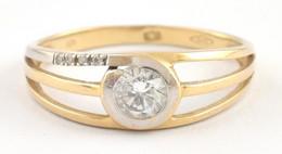 Arany (Au) 14K Gyűrű Fehér Kövekkel, Jelzett, Méret: 58 Bruttó: 2,39 G - Unclassified