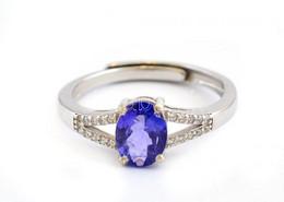 Ezüst(Ag) Gyűrű, Sérült Tanzanittal, állítható Méret, Jelzett, Bruttó: 2,3 G - Unclassified