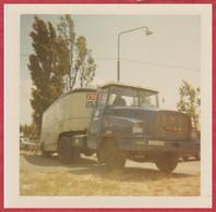 Camion Willème LF110T. Modèle 1967. L'équipe, Le Parisien, Esso. Caravane Du Tour De France Cycliste 1967. - Ciclismo