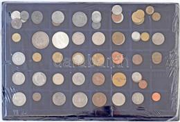 57db-os Vegyes Magyar és Külföldi Fémpénz Tétel 40 Férőhelyes Kék Tálcán, Közte 2db Ezüst T:1-,2,2- - Coins & Banknotes