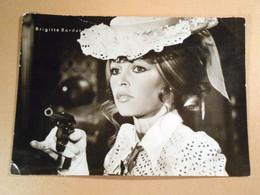 Actress. Brigitte Bardot - Actors