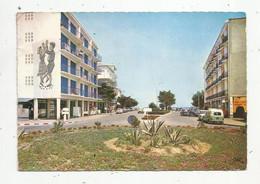 Cp , Automobiles , RENAULT 4 FOURGONETTE... 66, ARGELES SUR MER , L'arrivée à La Plage ,  Voyagée - Turismo