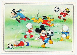 CPSM / CPM 10.5 X 15 Walt Disney  Mickey, Minnie Pluto, Dingo, Donald, Neveux Football - Autres