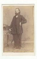 CDV Photo Foto Um 1866/65 -  Wagner & Jäckel, Wiesbaden - Herr Mit Bart In Zeittypypischer Mode - Old (before 1900)