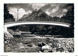 PRIMIERO (TN):  PASSERELLA  SUL  CISMON  COL  SASS   MAOR  -  FOTO  -  FG - Puentes