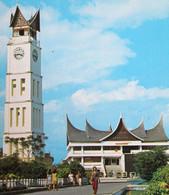 INDONESIA SUMATERA Barat Clock Tower Jam Gadang Bagonjong House Shopping Center Pasar Atas Bukittinggi INDONESIE Sumatra - Indonesia