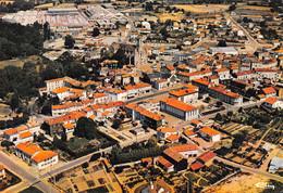 CERIZAY - Vue Panoramique Aérienne De La Ville - A L'arrière-plan L'Usine Heuliez - Cerizay