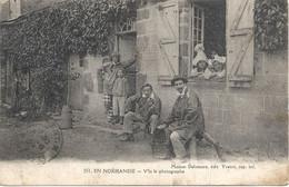 En Normandie V'la Le Photographe (maison Delamare Edit Yvetot) - People