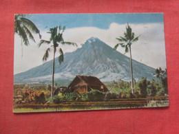 Mayon Volcano  Albay  Philippines  Ref  4377 - Philippines