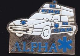 66839- Pin's.  Médical.Alpha Ambulances à Toulon - Geneeskunde