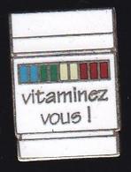 66861- Pin's. Médical.Santé.Vitamine. - Geneeskunde