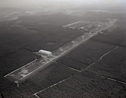 Westerbork Synthese Radio Telescoop Luchtfoto LF77 - Holanda