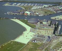 Harderwijk, Dolfinarium, Luchtfoto LF1217 - Harderwijk