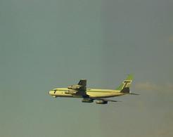 Schiphol, Transavia, Vliegtuig, LF693 - Aérodromes
