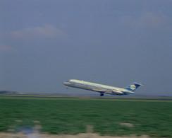 Schiphol, N.L.M., Vliegtuig, LF688 - Aérodromes