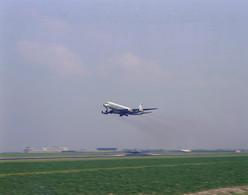 Schiphol, N.L.M., Vliegtuig, LF686 - Aérodromes