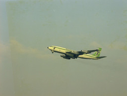 Schiphol, Vliegtuig, Transavia, Luchtfoto LF681 - Aérodromes