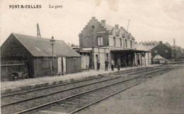 Pont-à-celles  La Gare Animée Circulé En 1912 - Pont-à-Celles