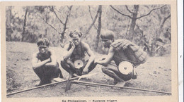 PHILIPPINES :  Guerriers Au Repos .  Mission Van Scheut - Philippines