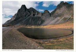 1 AK Island / Iceland * Die Küste Bei Der Stadt Seyðisfjörður, Diese Stadt Liegt Im Osten Von Island * - Islanda