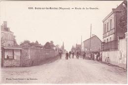 BRAINS-sur-les-MARCHES - Route De La Guerche - Cyclistes - Ecole, élèves - Photo Touin-Guiné - TBE - Frankreich