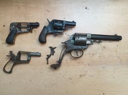 Lot Bulldogs 320 Et 380 - Decorative Weapons
