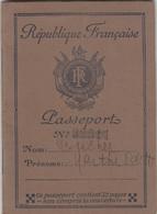 Passeport Français Délivré En 1937 - Fiscale Zegels