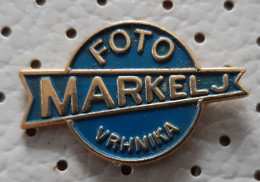 Photo Studio Markelj Vrhnika Slovenia Pin - Fotografia