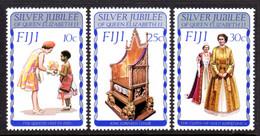 FIJI - 1977 SILVER JUBILEE SET (3V) FINE MNH ** SG 536-538 - Fiji (1970-...)