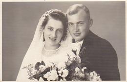 AK Foto Brautpaar - Hochzeit - Ca. 1930/50  (51957) - Marriages