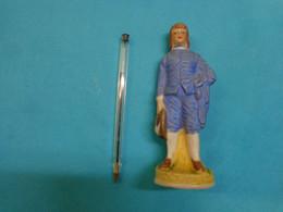 Statue Garconnet Matiere A Identifier (porcelaine -biscuit ??? - Arte Popolare