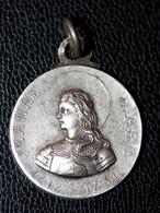"""Beau Pendentif Médaillon Médaille Religieuse Début XXe """"Jeanne D'Arc"""" Normandie - Godsdienst & Esoterisme"""