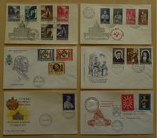 VATICAN - VATICANO / 1958 - 1966 ENSEMBLE DE 40 ENVELOPPES ILLUSTREES / 7 PHOTOS (ref 7190) - Storia Postale
