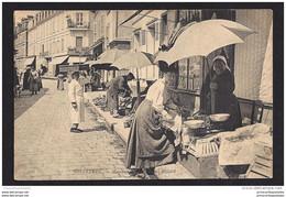 CPA 28 Chartres Marchands Sur La Place Billard - Chartres