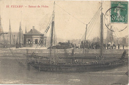 76 Fécamp Bateau De Pêche - Fécamp