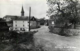 Bièvre - Petit-Fays - Un Coin Du Village - Bièvre