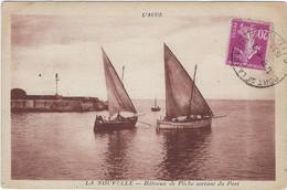 11  Port La Nouvelle   Bateaux De Peche  Sortant Du Port - Port La Nouvelle