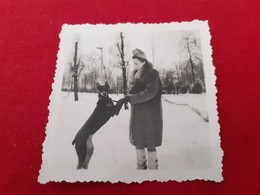 Dog And Women Doberman - Fotografía