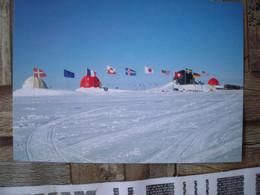 Représentation Du Timbre, International Polar Year,  Année Polaire Internationale, Urbanisation, Drapeaux, Flags - Groenlandia