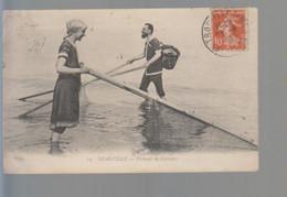 CPA ,  Deauville Pécheurs De Crevettes , Voyagé - Deauville