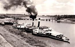 "CSONGRÁD : BATEAU / SHIP "" KOMÁROM "" Sur / On TISZA RIVER - CARTE VRAIE PHOTO / REAL PHOTO POSTCARD ~ 1960 (af457) - Hungría"