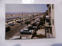 D 11 - Port La Nouvelle - Le Golfe Du Lion - Le Boulevard Front De Mer, Les Cabanons Voiture - Port La Nouvelle